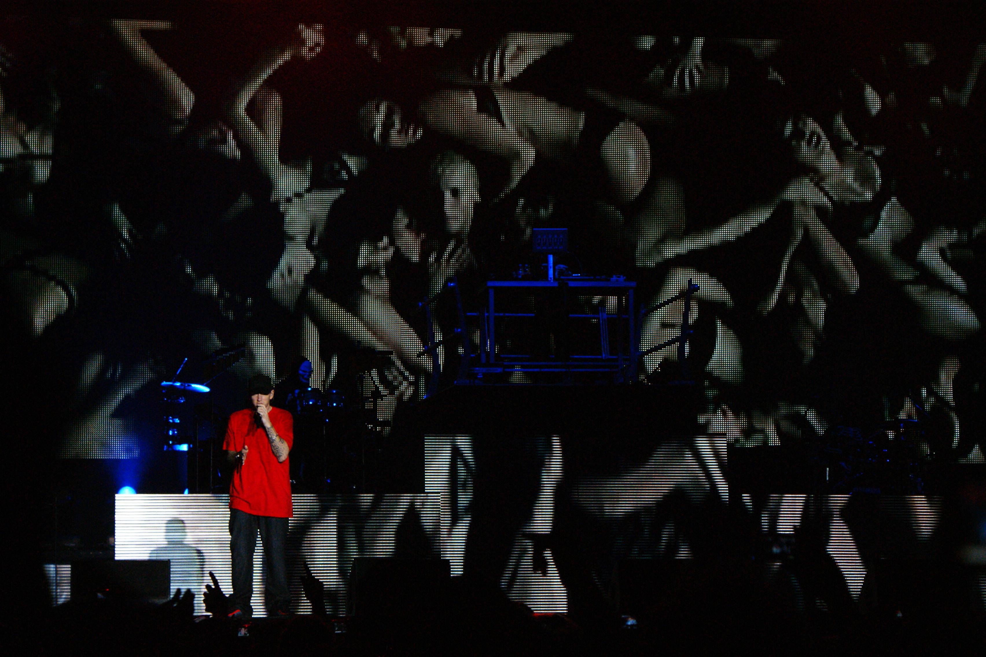 Eminem - 4 Verses